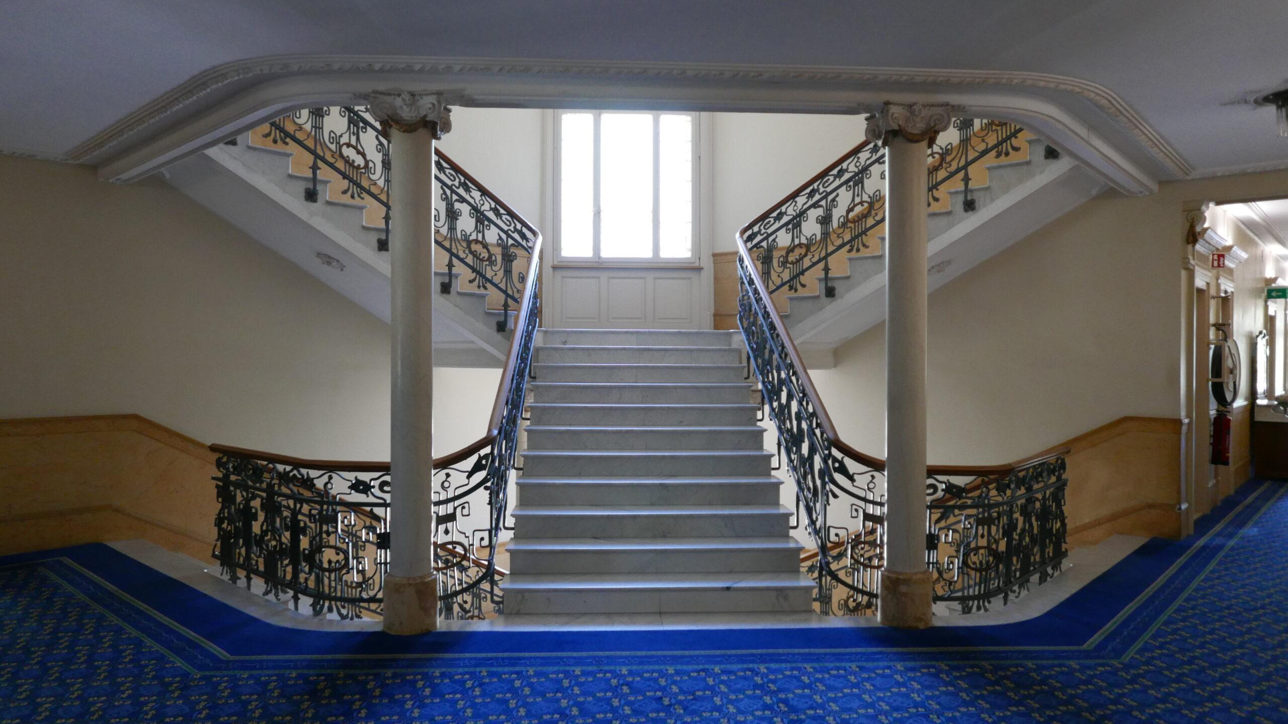royal-treppe-gänge-11